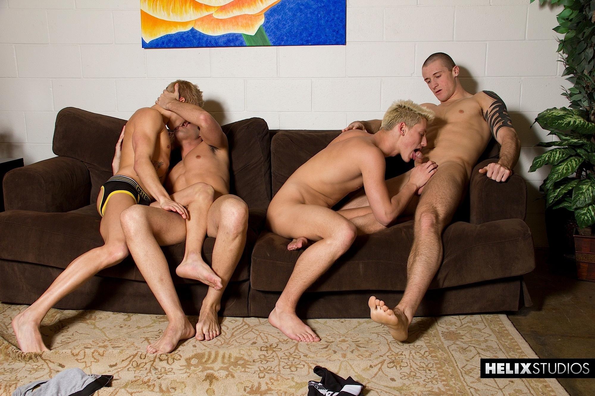 Foursome Sucking Rimming