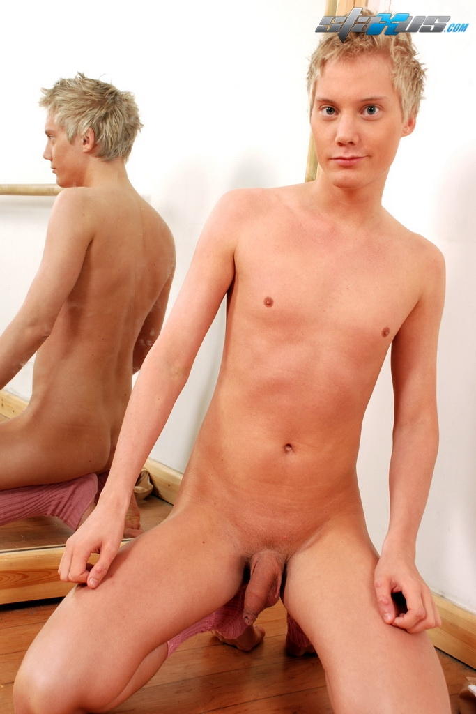 Twink work out